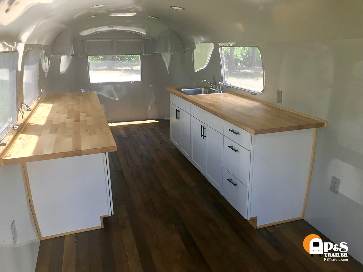 P & S Trailer Service - Airstream Tiny House